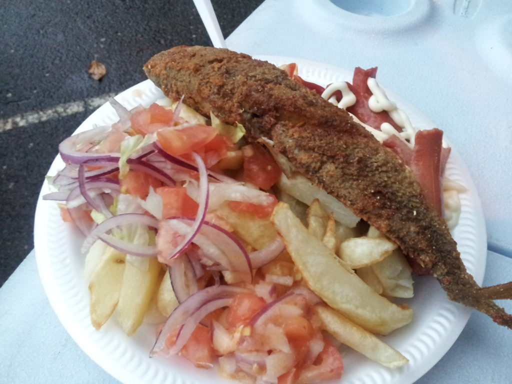Voleibol salchipapas and whole fried fish in evergreen for Eastside fish fry menu