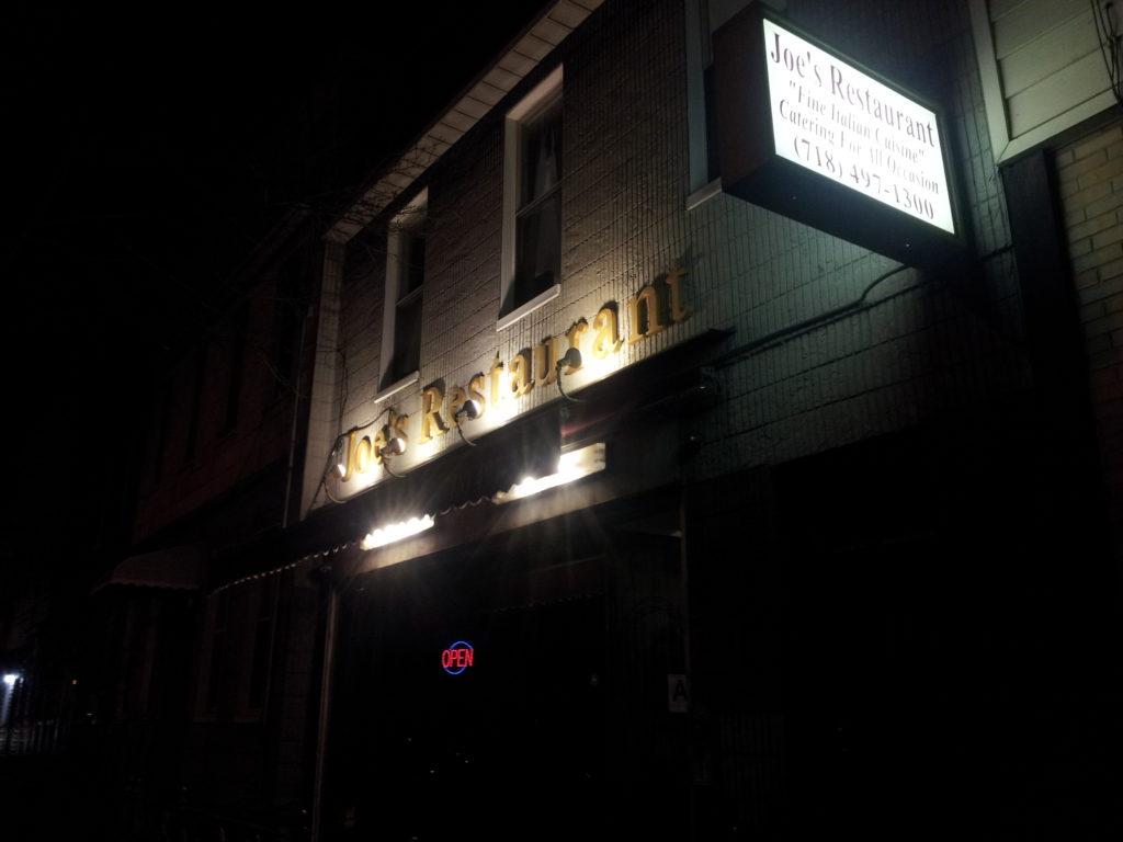 joes-restaurant-dark